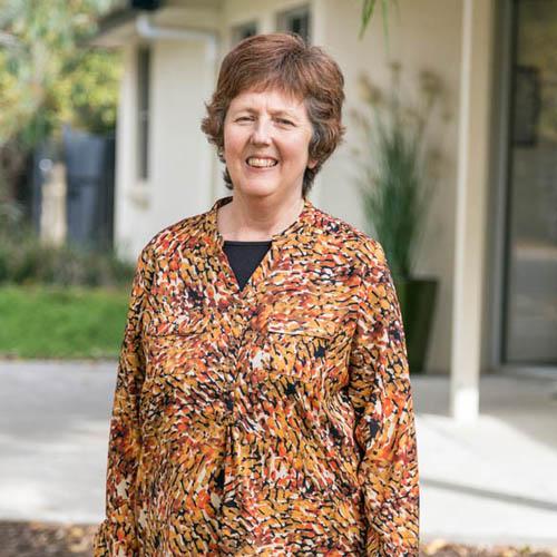 Dr Helen Dewhurst
